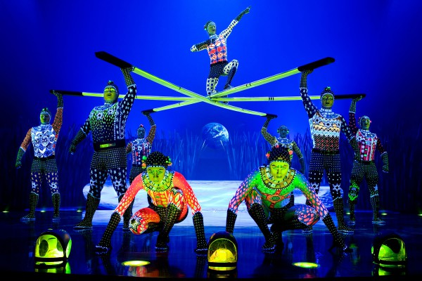 トーテム(Photo OSA Images Costumes Kym Barrett © 2010 Cirque du Soleil)